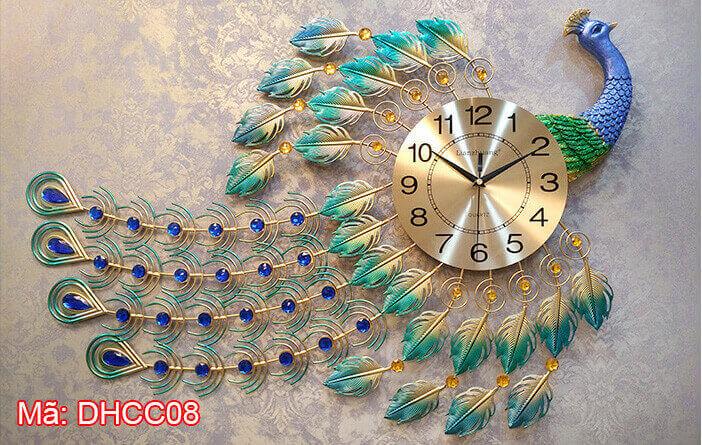 Đồng hồ con công bay