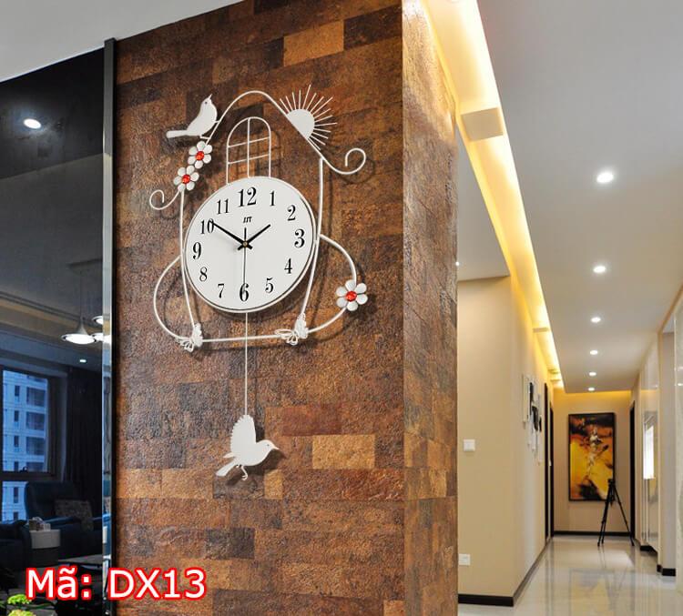 Đồng hồ treo tường kim trôi mã DX13