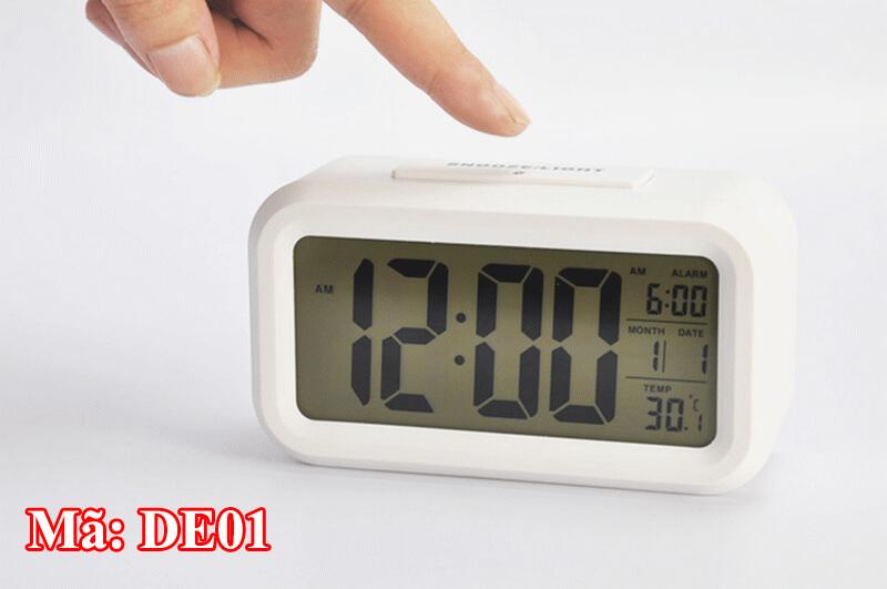 Đồng hồ để bàn điều chỉnh dễ dàng