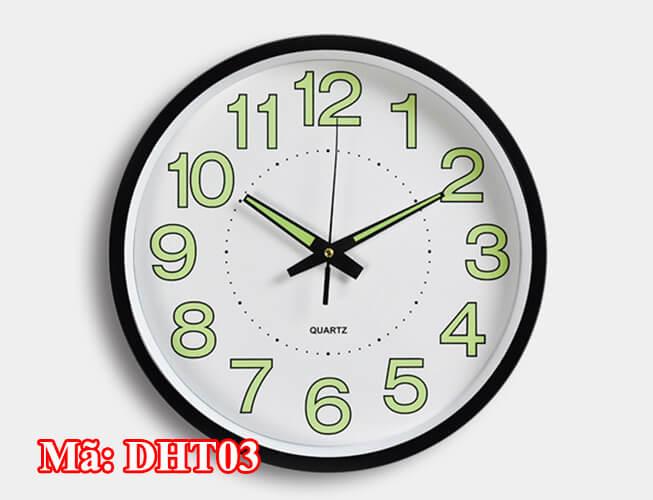 đồng hồ treo tường phát sáng