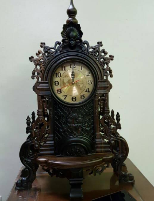 Đồng hồ treo tường khung gỗ